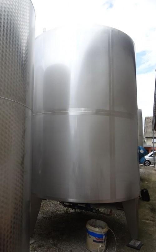 Behälter 10.550 Liter aus V2A, gebraucht, temperierbar, isoliert