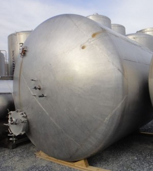 Behälter 23.000 Liter aus V2A, gebraucht, einwandig