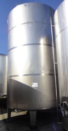 Behälter 28.000 Liter aus V2A, gebraucht, isoliert