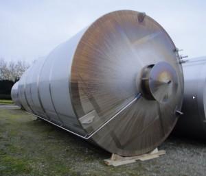 Behälter 100.000 Liter aus V2A, gebraucht, einwandig