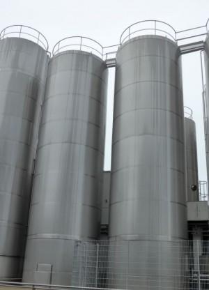 Behälter 110.000 Liter aus V2A, isoliert, gebraucht