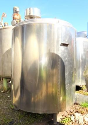 Behälter 3.000 Liter aus V2A, isoliert
