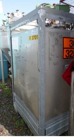Container 1.000 Liter aus V4A mit Heizschlange