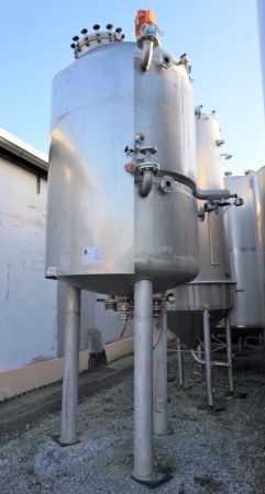Behälter 4.280 Liter aus V4A temperierbar, isoliert