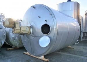 Behälter 25.000 Liter aus V2A temperierbar, isoliert