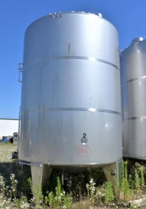 Behälter 25.000 Liter aus V2A, temperierbar, isoliert