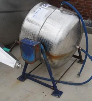 Behälter 250 Liter aus V2A, gebraucht, temperierbar, Bauform: stehend