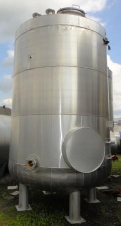 Behälter 11.000 Liter aus V2A, gebraucht, isoliert