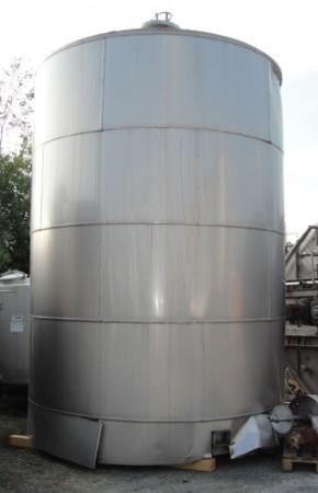 Behälter 30.000 Liter aus V2A, gebraucht, isoliert